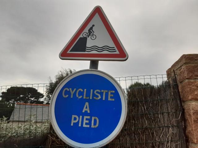 Verkeersbord op Île de Bréhat in Bretagne