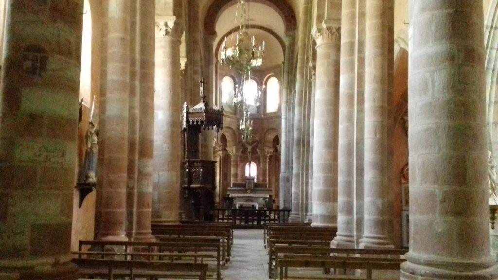 Bozouls Aveyron Église Sainte-Fauste interieur