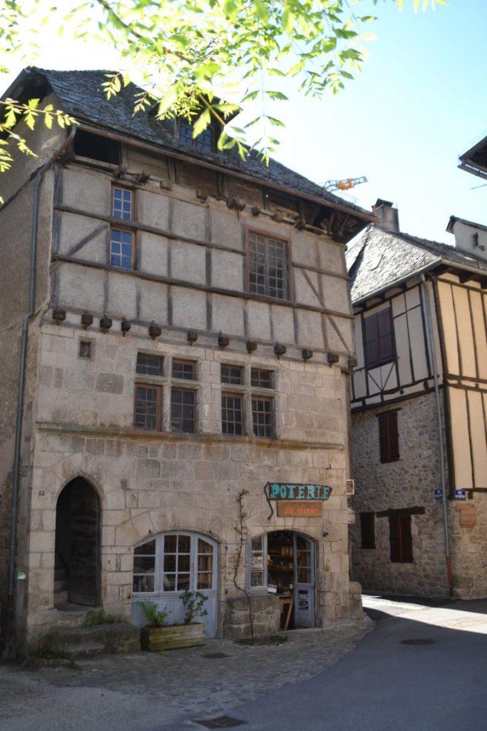 Entraygues-sur-Truyère Aveyron Demeure Noble