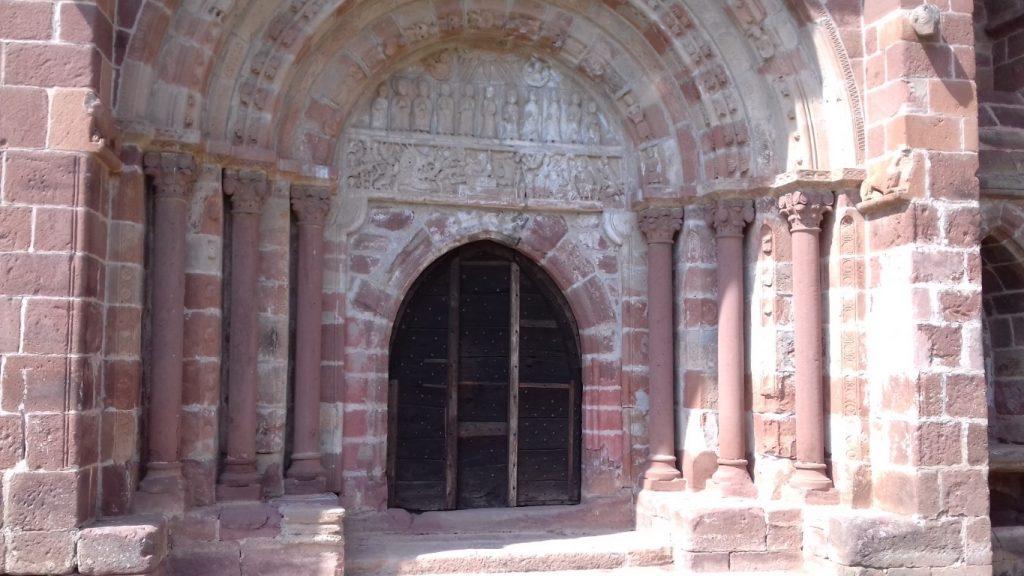 Espalion Aveyron Lot Église de Perse portaal