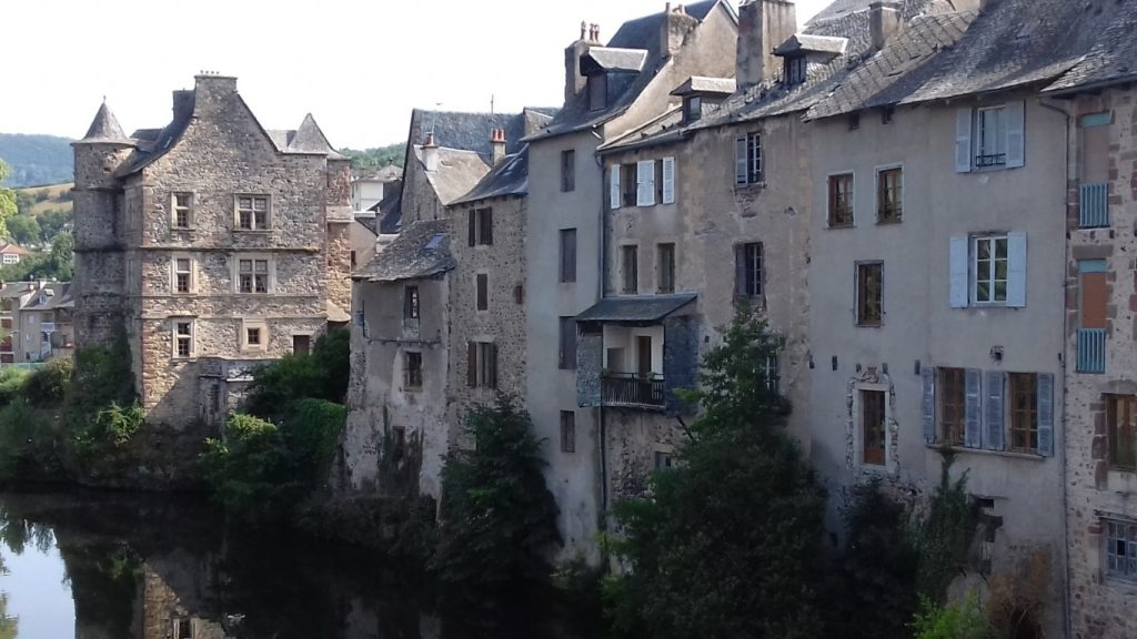 Espalion Aveyron Lot Vieux Palais en huizen