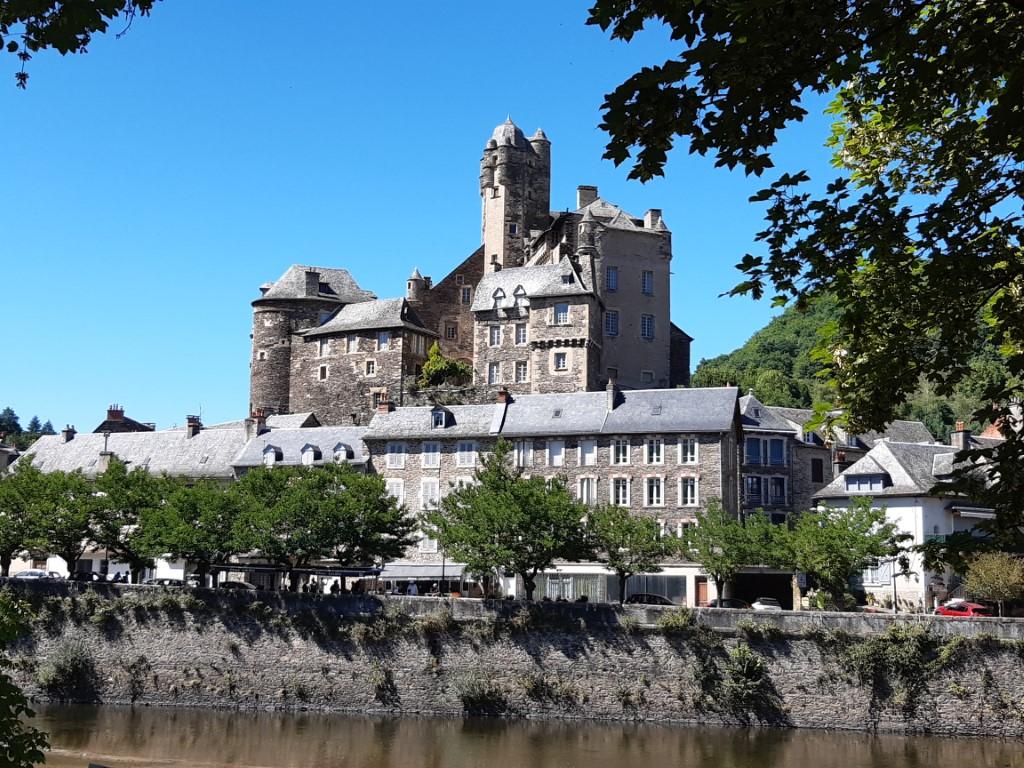 Estaing Aveyron Chateau d'Estaing