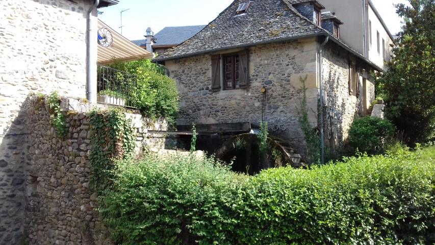 Sainte-Eulalie d'Olt Aveyron molen