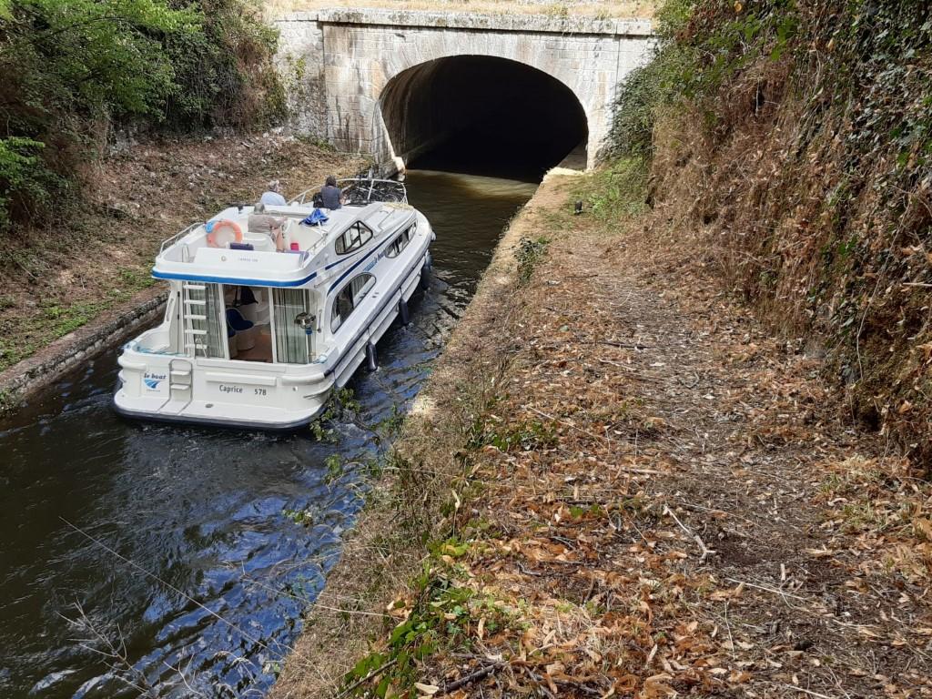 Canal du Nivernais Tunnel de Collancelle