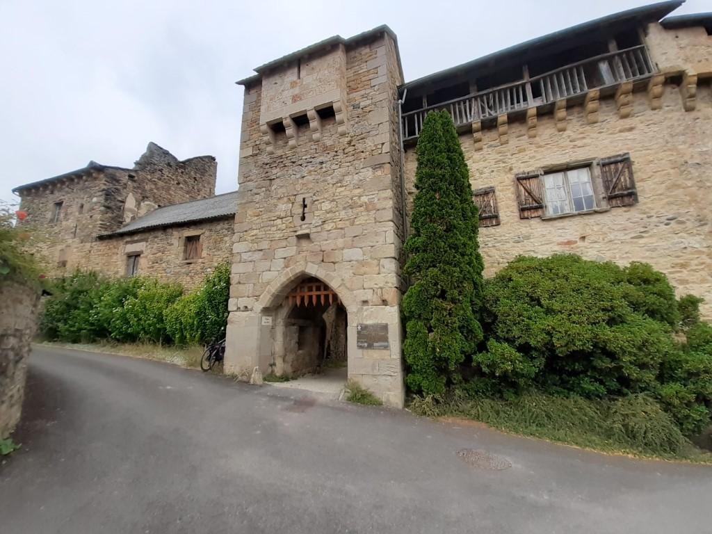 Flaujac Aveyron fort 1