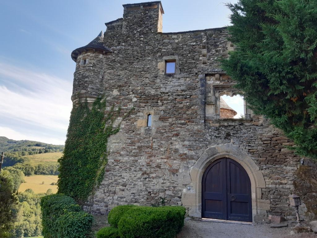 Mandailles Aveyron ruïne kasteel