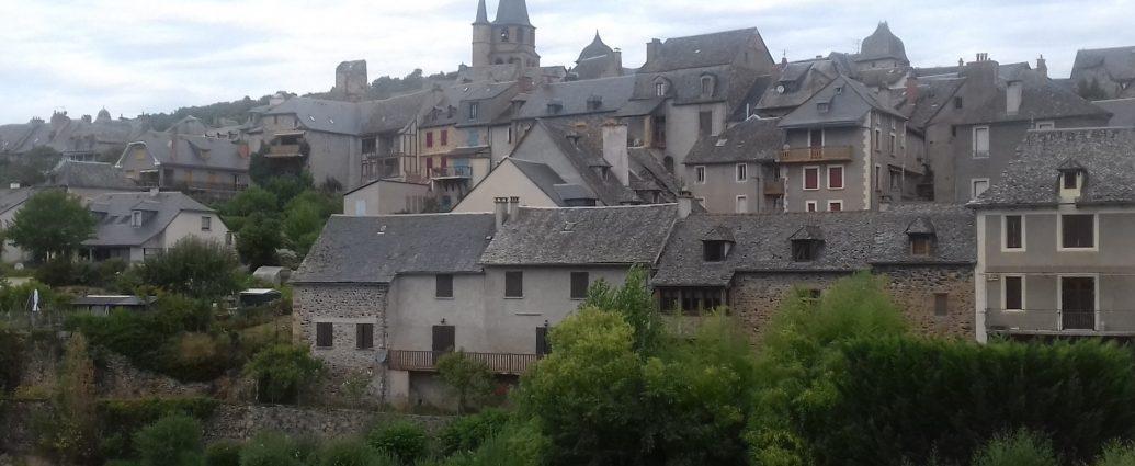 Saint-Côme-d'Olt Aveyron aan de Lot