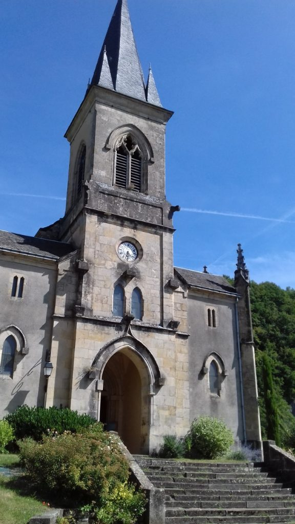 Salles-la-Source Aveyron Église Saint-Pierre