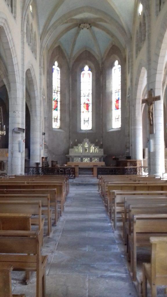 Salles-la-Source Aveyron Église Saint-Pierre interieur