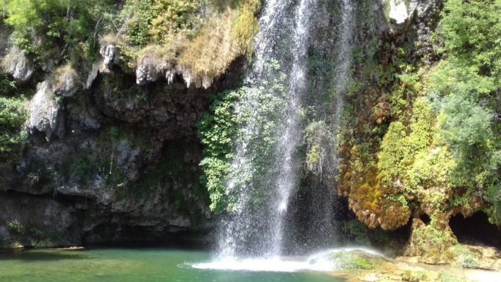 Salles-la-Source Aveyron waterval
